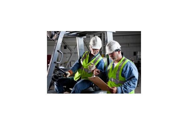 Vêtements de travail pour cariste: équipements pour se protéger en tant que cariste